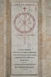 Copia della lastra sepolcrale del vescovo Rustico, in piazza San Giovanni