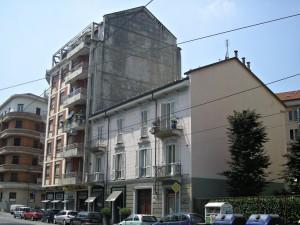 Edificio di civile abitazione, negozio, laboratorio via Dante Di Nanni 4