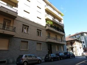 Edificio di civile abitazione già ad uso abitazione e laboratorio in Via Morghen 27