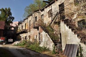 Cascina Bianco nel quartiere Vallette. Fotografia di Ilenia Zappavigna, 2012.