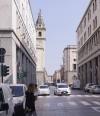 Via Roma, traffico ridotto, con ZTL e parziali pedonalizzazioni circostanti. Fotografia di Luca Davico, 2017