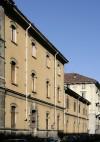 Ex caserma Maurizio De Sonnaz. Fronte su via Avogadro con l'ingresso del Circolo Sottufficiali di Torino. Fotografia di Caterina Franchini.