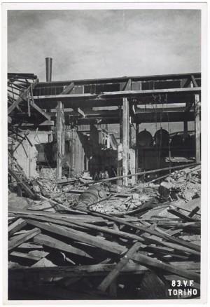 Villar Perosa (Torino) s.l. Stabilimento RIV. Effetti prodotti dai bombardamenti dell'incursione aerea del 3 gennaio 1944. UPA 4318_9E05-09 © Archivio Storico della Città di Torino/Archivio Storico Vigili del Fuoco