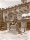 Pelagio Palagi, Monumento al Conte Verde. Fotografia di Mario Gabinio, 11 luglio 1924. Fondazione Torino Musei, Archivio Fotografico, Fondo Mario Gabinio. © Fondazione Torino Musei