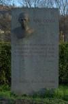 Busto di Nino Costa