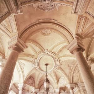 Palazzo Provana di Collegno, atrio. Fotografia di Brigitte Schindler, 2020
