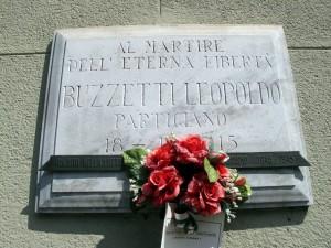 Lapide dedicata a Leopoldo Buzzetti (1922 - 1945)