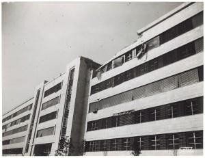 FIAT Autocentro - Stabilimento di Mirafiori. Effetti prodotti dal bombardamento dell'incursione aerea del 20-21 novembre 1942. UPA 2202_9B06-06. © Archivio Storico della Città di Torino