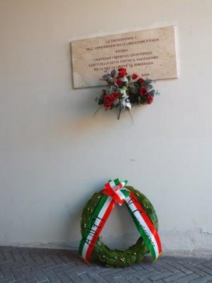 Lapide dedicata ai partigiani, ai deportati e agli internati della Circoscrizione 5
