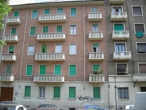 Edificio di civile abitazione in via Arnaldo da Brescia 15