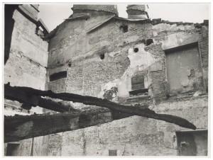 Palazzo già Costa della Trinità, Via Via San Francesco Da Paola, 17. Effetti prodotti dell'incursione aerea dell'8-9 dicembre 1942. UPA 3004_9D02-20. © Archivio Storico della Città di Torino
