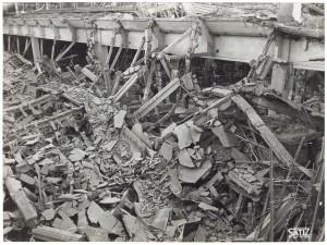 FIAT Autocentro - Stabilimento di Mirafiori. Effetti prodotti dal bombardamento dell'incursione aerea del 20-21 novembre 1942. UPA 2202_9B06-30. © Archivio Storico della Città di Torino