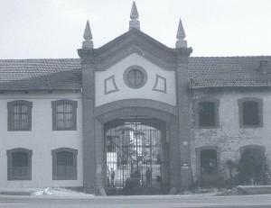 Foto storica del portale d'ingresso dell' Abbadia di Stura. © EUT 6.