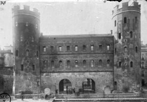La Porta Palatina dopo il restauro di Alfredo D'Andrade, © Soprintendenza per i Beni Archeologici del Piemonte e del Museo Antichità Egizie