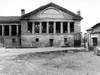 La cascina negli anni Settanta prima della ristrutturazione (2). ©Archivio Officina della Memoria.