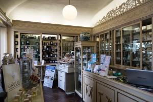 Farmacia Algostino De Michelis, interno ex profumeria Binfa, 2016 © Archivio Storico della Città di Torino