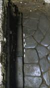 Un tratto del cardine massimo e del suo marciapiede venuti alla luce in via Cappel Verde, © Soprintendenza per i Beni Archeologici del Piemonte e del Museo Antichità Egizie.