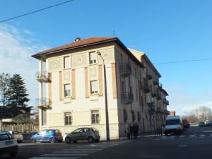 Edificio di civile abitazione in via Salbertrand 93