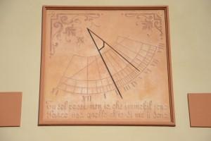 Orologio solare, Villa Paola