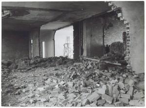 Fiat Mirafiori. Effetti prodotti dai bombardamenti del 4-5 dicembre 1940. UPA 0955D_9A02-21. © Archivio Storico della Città di Torino