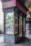 Emporio cinese, ex Angelo Sciamengo, pasticceria; particolare della vetrina a pilasto, 2017 © Archivio Storico della Città di Torino