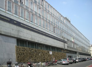 Sede RAI già  Distretto Militare Caserma Giuseppe Arimondi Via Verdi 16. Fotografia di Daniele Trivella, 2013
