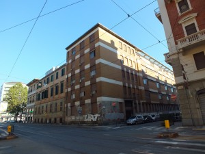 Ospedale Maria Vittoria, lato su via Cibrario. Fotografia di Paola Boccalatte, 2013. © MuseoTorino