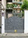 Corso Francia 11 bis, lato via Giambattista Gropello, cancello