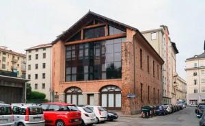 Ex Molini Molassi, uffici Regione Piemonte. Fotografia di Luca Davico, 2015, da www.immaginidelcambiamento.it