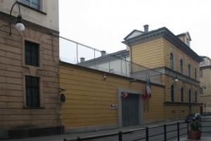 L'accesso dell'ex caserma Podgora alla Direzione Autocentro Polizia di Stato Piemonte-Valle d'Aosta su via Giovanni Giolitti. Fotografia di Enrico Lusso, 2011