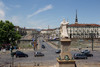 Veduta di piazza Vittorio Veneto dalla chiesa della Gran Madre, in primo piano la statua dedicata a Vittorio Emanuele I di Savoia. Fotografia di Mattia Boero, 2010. © MuseoTorino.