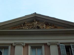 Via Della Rocca 15, dettaglio del frontone. Fotografia di Paola Boccalatte, 2014. © MuseoTorino