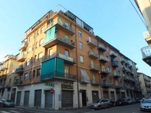 Edificio di civile abitazione in via Antonio Banfo 51