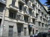 Edificio di civile abitazione in Corso Giulio Cesare 21