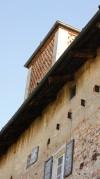 Dettaglio della torre colombaia della cascina Falconera. Fotografia di Edoardo Vigo, 2012.