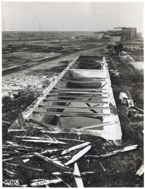 Via Rivalta 61. Stabilimento FIAT - Sezione Materiale Ferroviario. Effetti prodotti dal bombardamento dell'incursione aerea del 20-21 novembre 1942. UPA 2065_9B05-22. © Archivio Storico della Città di Torino