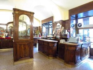 Caffè Cernaia, interno, Fotografia di Marco Corongi, 2005 ©Politecnico di Torino