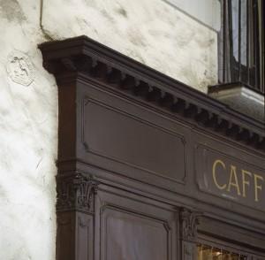Caffè Roberto, particolare esterno, 1998 © Regione Piemonte
