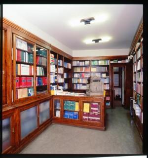 Giappichelli, libreria-casa editrice, interno, 2000 © Regione Piemonte