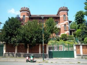 Riccardo Levi, villino corso Lecce n. 83-85, 1925.  Fotografia L&M, 2011.