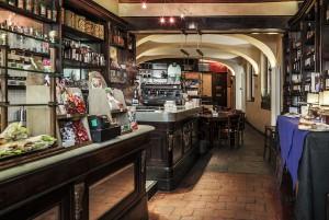 Abrate, bar-tavola calda; ex pasticceria. Interno, 2017 © Archivio Storico della Città di Torino
