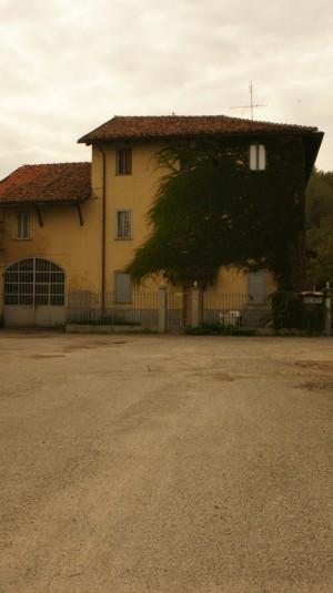 Cascina Tre Tetti Nigra. Fotografia di Edoardo Vigo, 2012.