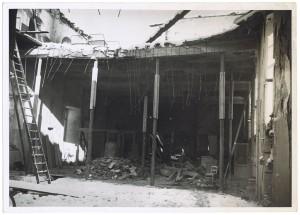 Via Giovanni Giolitti (già Mario Gioda). Ospedale San Giovanni. Effetti prodotti dal bombardamento dell'incursione aerea del 28 novembre 1942. UPA 2065_9B05-64. © Archivio Storico della Città di Torino