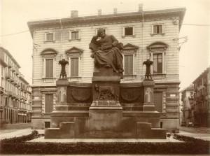 Luigi Belli, Monumento a Giuseppe Mazzini, 1917. Fotografia di Mario Gabinio, 8 ottobre 1925. © Fondazione Torino Musei - Archivio Fotografico.