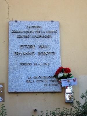 Lapide dedicata a Robotti Ermanno (1922 - 1945), Valli Ettore (1914 - 1945)