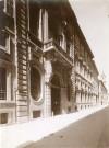 Palazzo Barolo, facciata. Fotografia di Mario Gabinio, 27 agosto 1925. Fondazione Torino Musei, Archivio Fotografico, Fondo Mario Gabinio. © Fondazione Torino Musei