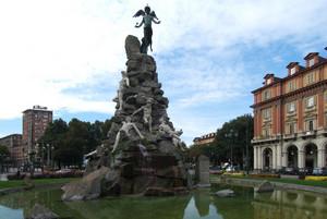 Il monumento al traforo del Frejus. Fotografia di Fabrizia Di Rovasenda, 2010. © MuseoTorino.
