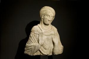 La Madonna di Pozzo Strada custodita presso il Museo diocesano. Fotografia di Marco Saroldi, 2010. © MuseoTorino.