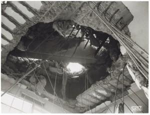 FIAT Autocentro - Stabilimento di Mirafiori. Effetti prodotti dal bombardamento dell'incursione aerea del 20-21 novembre 1942. UPA 2202_9B06-07. © Archivio Storico della Città di Torino