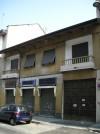 Edificio a uso abitazione e negozio in via Vibò 18